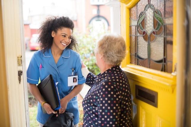 Hiring a Carer – Direct or Through an Agency?